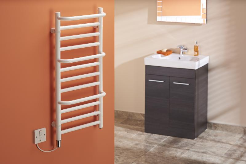 Towel Rails - 150W White Stepped Towel Rail CPTSW - CPTSW - 2