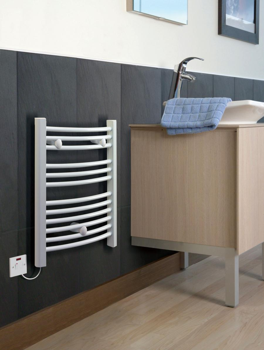 White TDTR towel rail